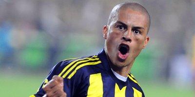 Alex seneye Fenerbahçe'de! Flaş açıklama geldi