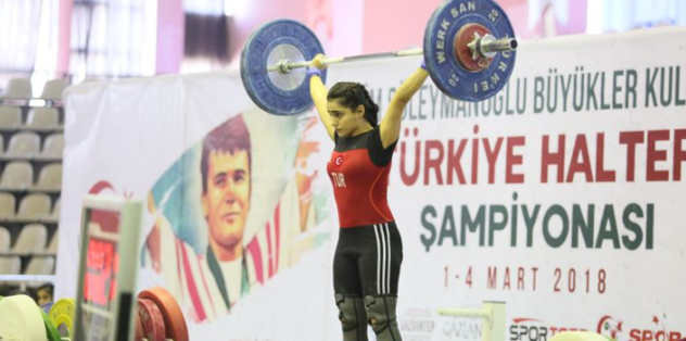 Dünya Gençler Halter Şampiyonası'nda Milli sporculardan büyük başarı