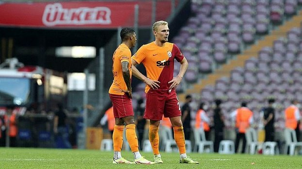 Galatasaray bu sezonki ilk mağlubiyetini aldı!