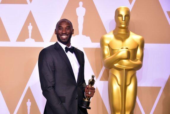 NBA efsanesi Kobe Bryant, Oscar ödülü kazandı.