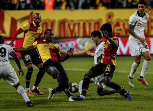 Spor yazarları Göztepe - Beşiktaş maçını yazdı