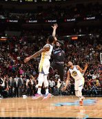 Miami Heat, şampiyon Golden State'i son saniyede yendi