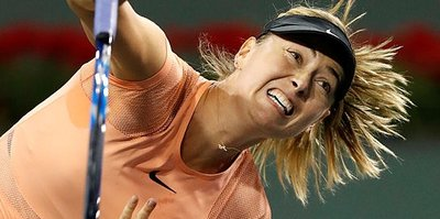 Sharapova sürpriz karar
