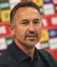 Köln teknik direktör Achim Beierlorzer'in görevine son verdi