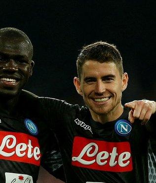 Serie A'da lider Napoli dolu dizgin