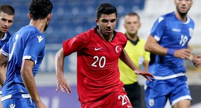 Beşiktaş Muhayer Oktay ile imzalıyor