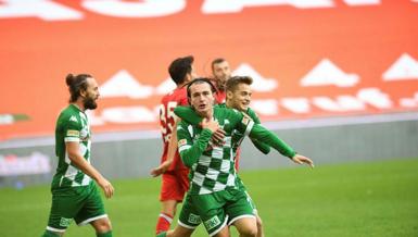 Bursaspor'da 15 futbolcu sokağa çıkma yasağına takılıyor!