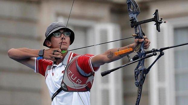 Okçuluk Milli Takımı'nda Mete Gazoz, olimpiyat kotası elde etti! #