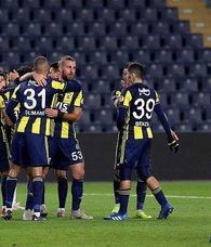 Fenerbahçenin Spartak Trnava karşısındaki ilk 11i