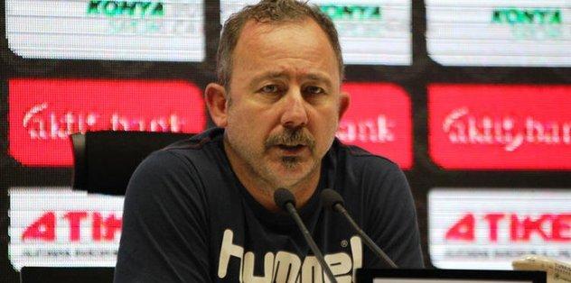 """Sergen Yalçın: """"Konyaspor'da kalmak isterim"""""""