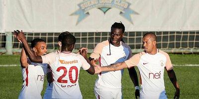 Galatasaray'da kamp devam ediyor