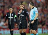 Liverpool-PSG maçına Cüneyt Çakır damga vurdu