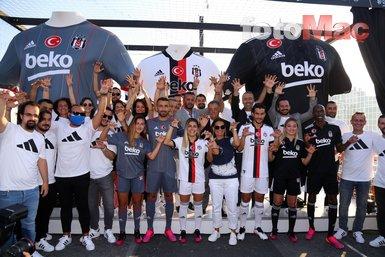 Son dakika spor haberi: Beşiktaş yeni sezon formalarını tanıttı! İşte davetten kareler... BJK spor haberi