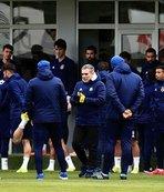 Fenerbahçe'de Ankaragücü hazırlıkları sürüyor