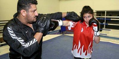 Milli boksör Ayşe'nin hedefi Avrupa şampiyonluğu