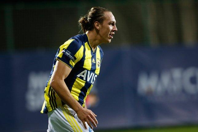 Fenerbahçede kamp raporu! Yanal yıldız ismi sildi