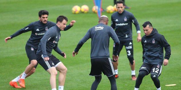 Beşiktaş'ta hazırlıklar sürdü! Pepe ve Tosic katılmadı