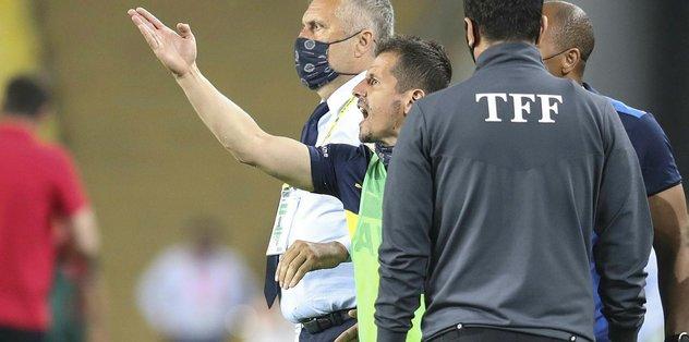 Maç sonu Emre Belözoğlu'na olay sözler! Sen nasıl teknik direktörlük yapacaksın?