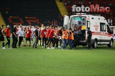 Son dakika spor haberi: N'Sakala Gaziantep - Beşiktaş maçında fenalaştı! Ambulansla hastaneye kaldırıldı