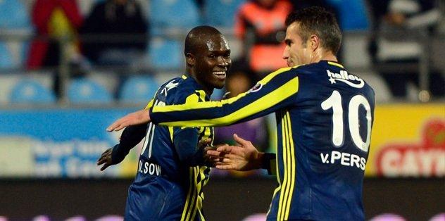 Fenerbahçe'nin gol silahları RVP ve Sow