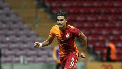 Galatasaray haberi: ABD'den resmi Radamel Falcao açıklaması! Transfer...