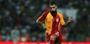 galatasarayin kadroda dusunmedigi jimmy durmaza genclerbirligi talip oldu 1598254763159 - Galatasaray'ın gündemindeki Musaba Cercle Brugge'a kiralandı!