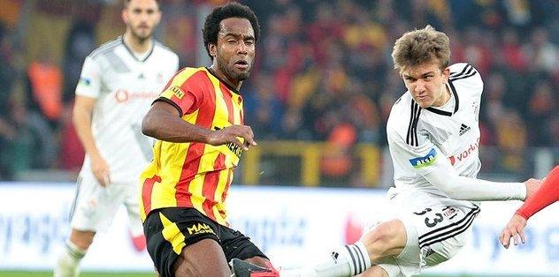 Gençler sahaya - Fenerbahçeye -