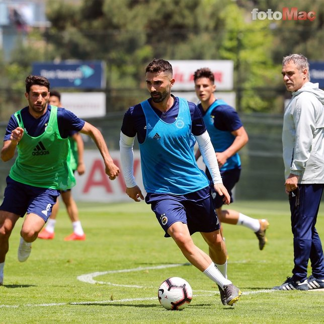 Mehmet Topal'ın yerine o oynayacak! İşte Fenerbahçe'nin Erzurumspor 11'i