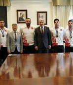 """Prof. Dr. Budak: """"Ülkemizi başarıyla temsil eden milli sporcular yetiştiriyoruz"""""""