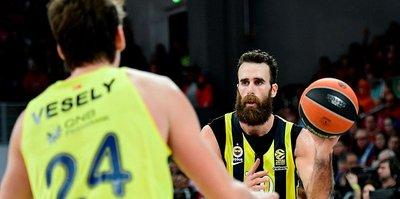 Fenerbahçeli yıldızdan takipçisine şok yanıt