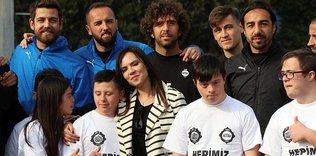 Altaylı futbolcular down sendromlu çocuklarla buluştu