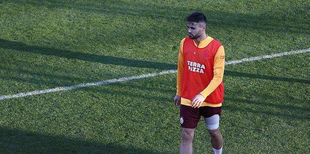 Forvet Ahmet Çalık - Futbol -
