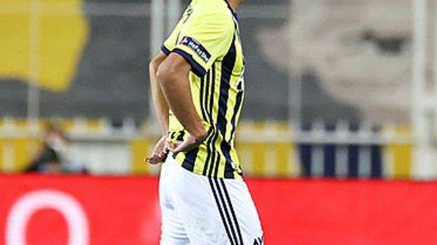 Son dakika spor haberleri: Fenerbahçe'de ilk ayrılık! İşte yeni adresi #