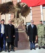 Şehitler için anıt