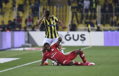 Usta kalemler Fenerbahçe'yi yazdı