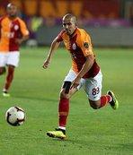Feghouli, bu sezon ligde ilk kez 11'de