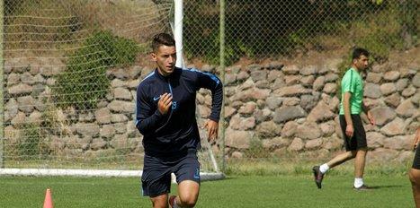 Adana Demirspor'da yeni transferler takımla çalışmalara başladı