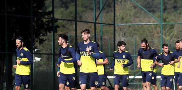 Fenerbahçe, Kayserispor maçı hazırlıklarını Riva'da sürdürüyor - Futbol -