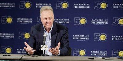 Larry Bird, Pacers'taki görevinden ayrıldı