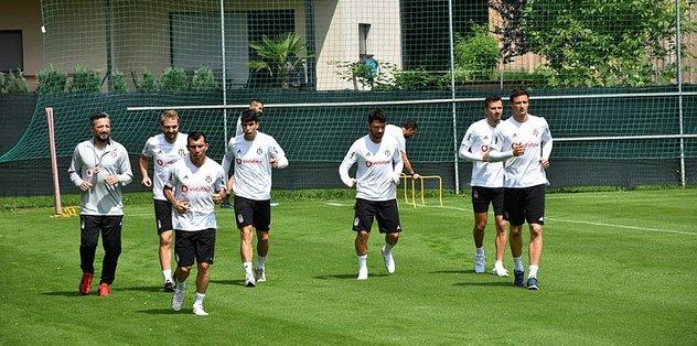 """<a href=""""/index/besiktas?id=90a2a877-064b-4cbe-adb2-1517aeec5bc9"""" class="""""""" rel=""""tag"""">Beşiktaş</a>'ta hazırlıklar sürdü"""