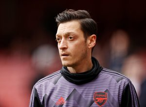 "Mesut Özil'den flaş transfer itirafı! ""İmza atacağımı düşünüyordum..."""