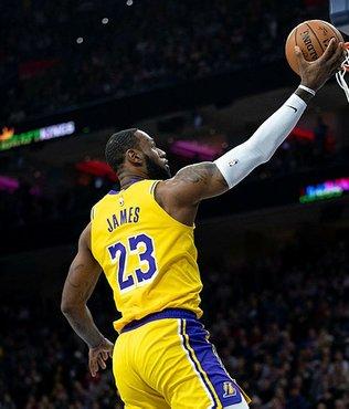 LeBron James NBA'in en skorer üçüncü ismi oldu