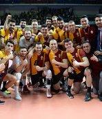 Galatasaray Fenerbahçe'yi devirdi!