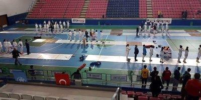 Günaç, eskrimde Türkiye ikincisi oldu
