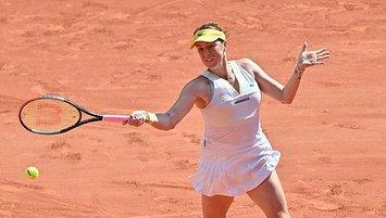 Fransa Açık tek kadınlarda ilk finalist Pavlyuchenkova!