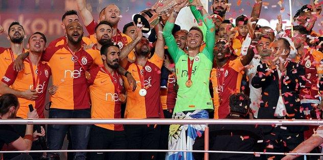 Galatasaray'da flaş ayrılık kararı!