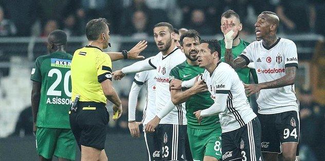 Adriano: Lig daha çok uzun
