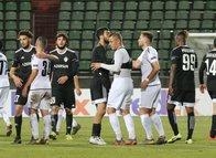 Dudelange-Karabağ maçında sahada drone ile Ermenistan bayrağı uçuruldu!