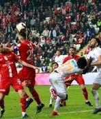 "Süper Lig'de ""Antalya derbisi"""