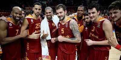 Galatasaray, Yunanistan deplasmanında